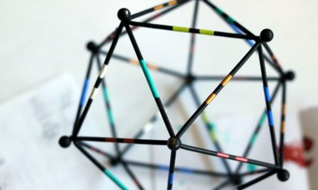 Coloured Edge – Geometric Art