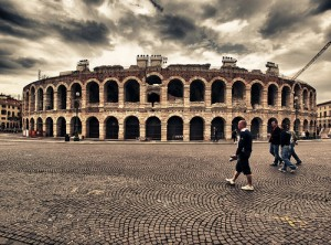 anfiteatro_verona_italia-300x222