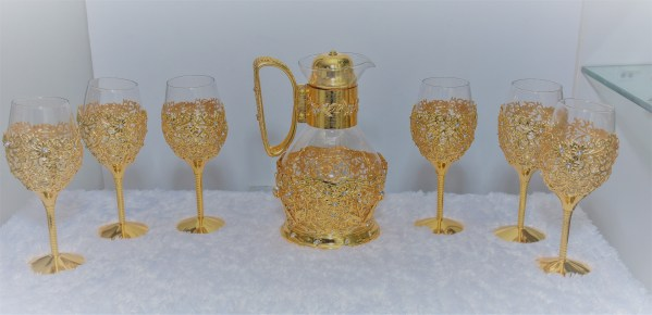 Gold Decorative Glass Set 1