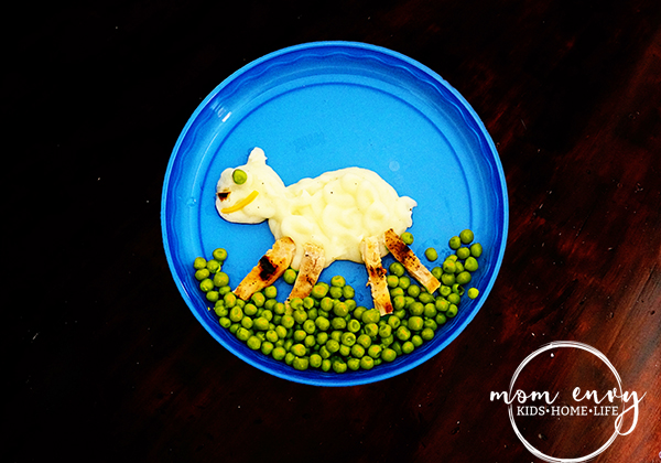 cute kids foods sheep mashed potatoes chicken and peas mom envy