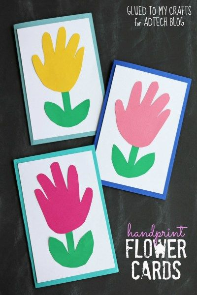 Mother's Day Crafts Round -up From Mom Envy - handprint flower cards from adtech blog