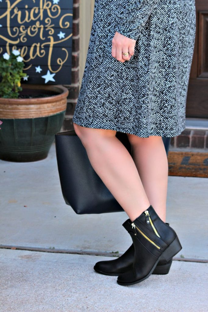 Fall wardrobe essentials - really like this printed knit dress. And it's wrinkle free! Bonus.