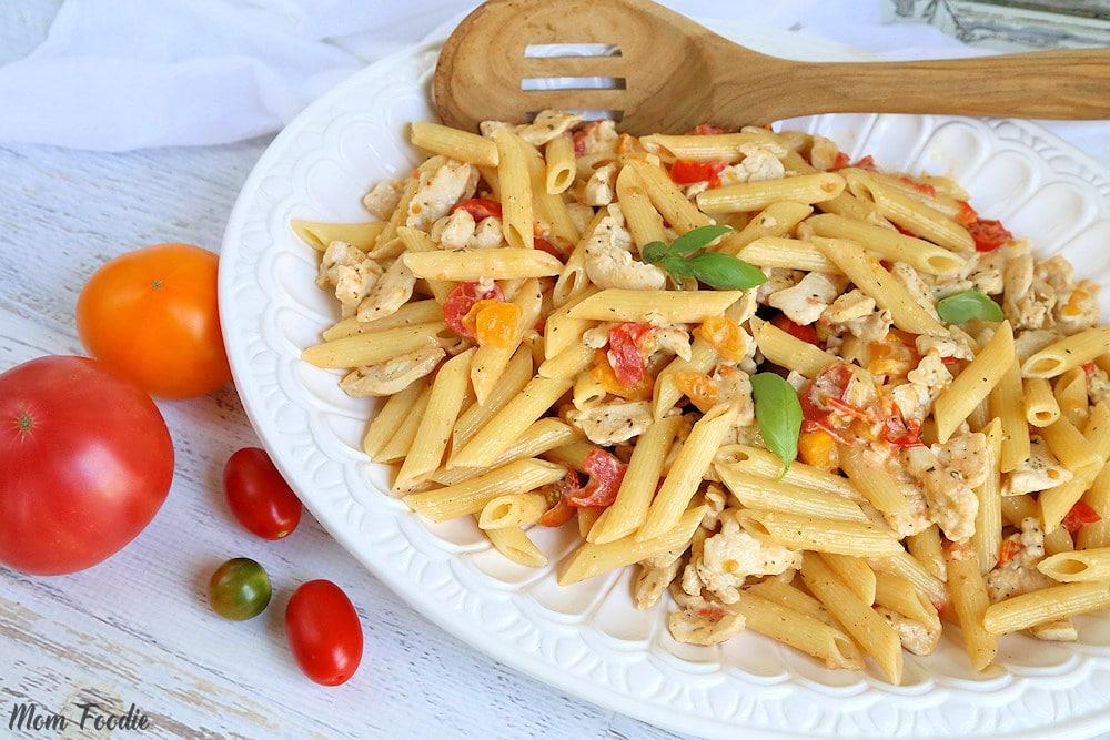 chicken pasta with tomato cream sauce