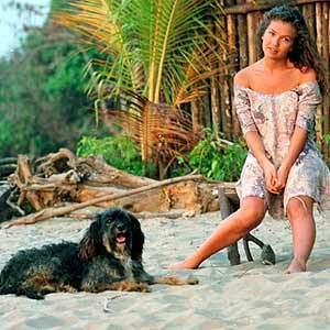 Marimar dan anjingnya Pulgoso