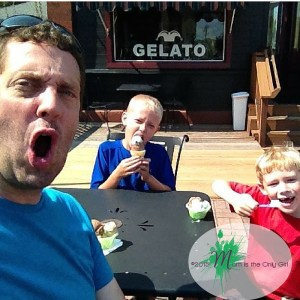 gelato eating boys