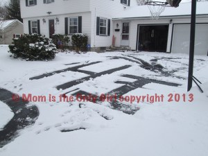 Winter Letters - practice letters outdoors! at http://momistheonlygirl.com