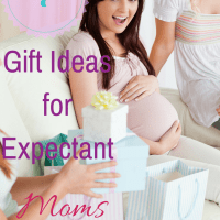 7 Gift Ideas for Expectant Moms