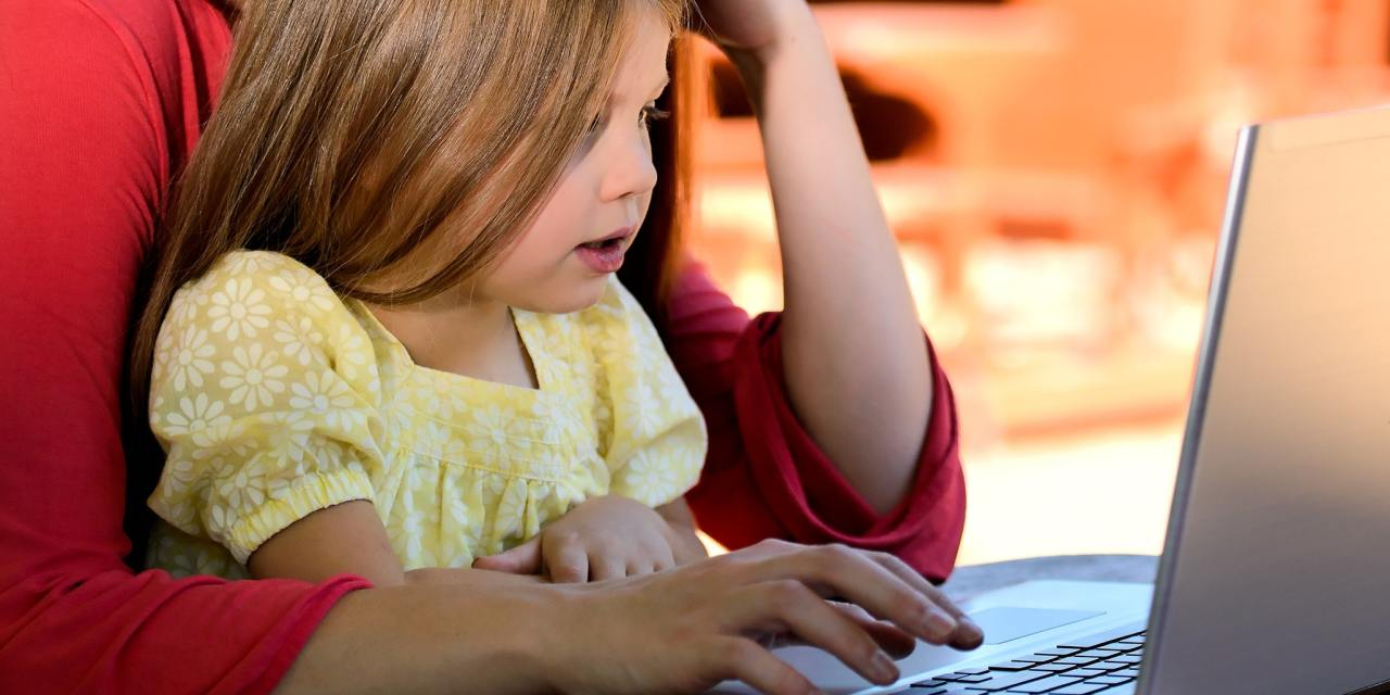 5 Reasons To Become a Virtual Assistant Mom