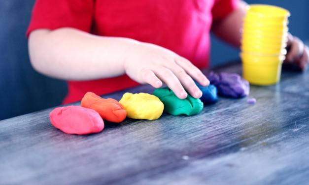 14 Simple Indoor Activites For Kids