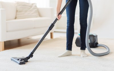 6 Surprising Ways to Quickly Prepare Your Dirty Home for Guests