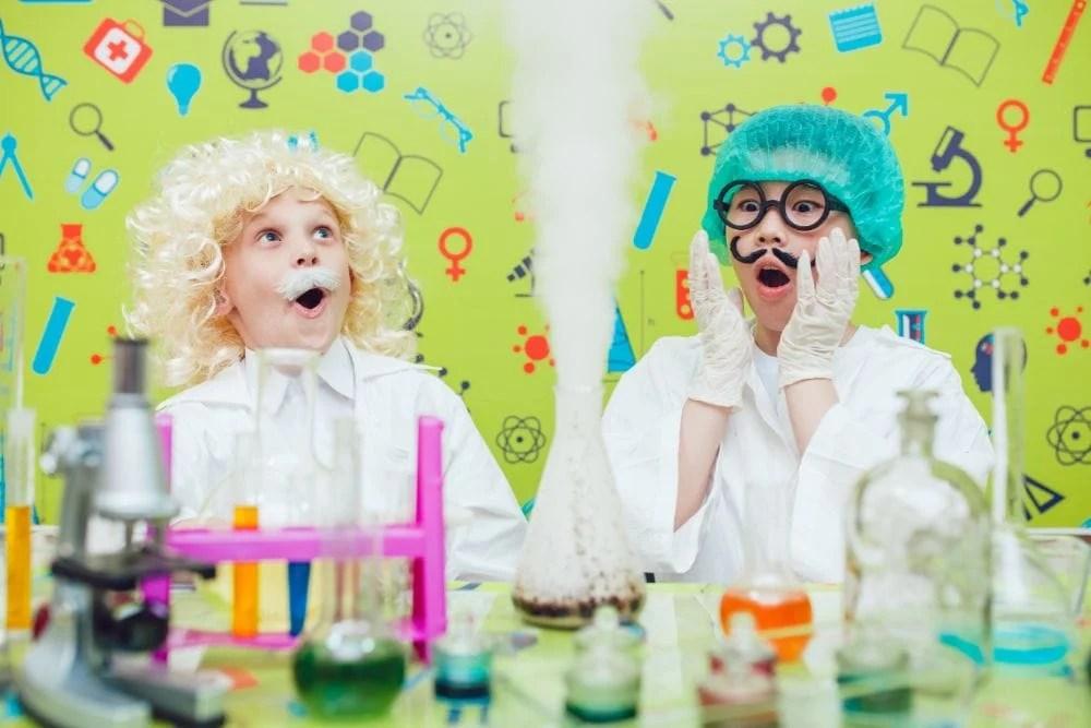 21 Best Science Kits For Kids 2020 Reviews Mom Loves Best