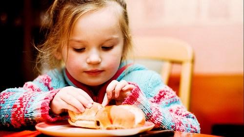 小孩不吃飯怎麼辦?十招讓寶寶有好胃口 1