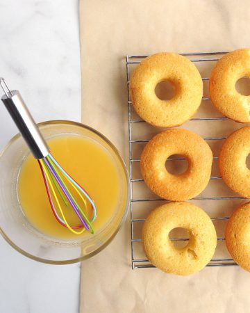 this keto donut recipe is easy to make and gives you moist and delicious low carb donuts in under 15 minutes!