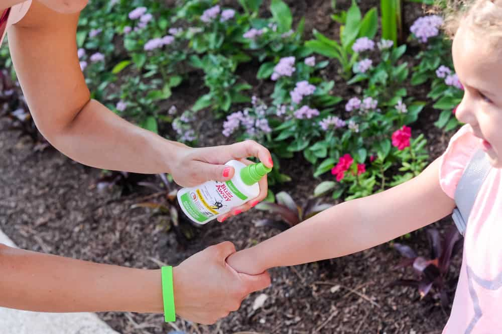 natural bug repellent for kids with essential oils