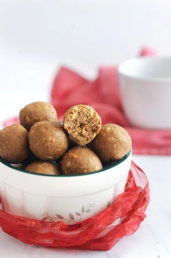 healthy snack ideas like gingerbread protein balls for healthy holiday eating