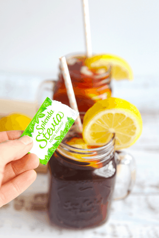Wondering how to make iced tea with stevia? healthy Lifestyle Blogger Momma Fit lyndsey is sharing her favorite way to make iced tea with natural stevia