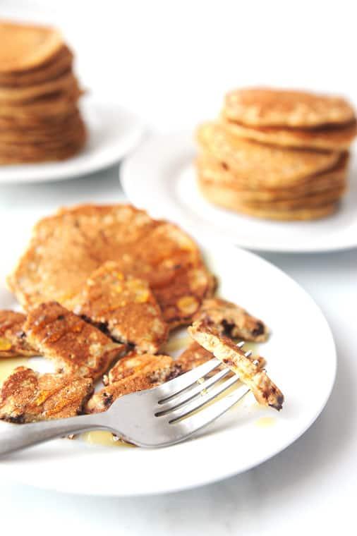 easy recipe for oat flour pancakes using homemade oat flour