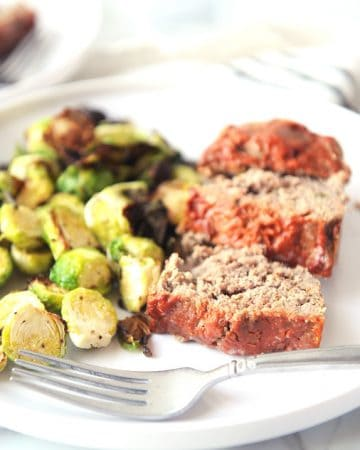 Whole30 meatloaf is easy to make with ground beef or turkey!  This recipe is paleo and keto approved making it family friendly and very versatile!