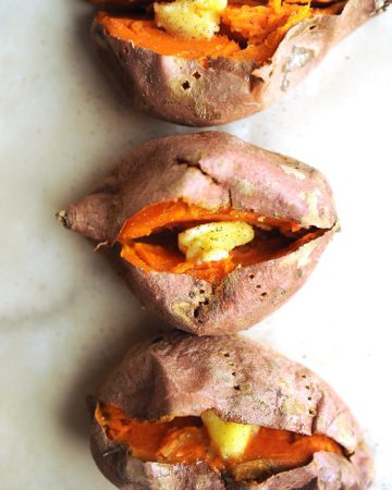 best way to bake sweet potatoes. healthy sweet potato recipe for baked or roasted sweet potatoes. Great for stuffed sweet potatoes for dinner