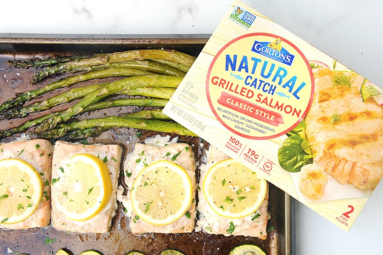 This Gorton's Fisherman recipe for salmon and veggies on a sheet pan is a simple pescatarian recipe your whole family will love! One pan meals mean less dishes and this one will be on the table in less than 30 minutes!
