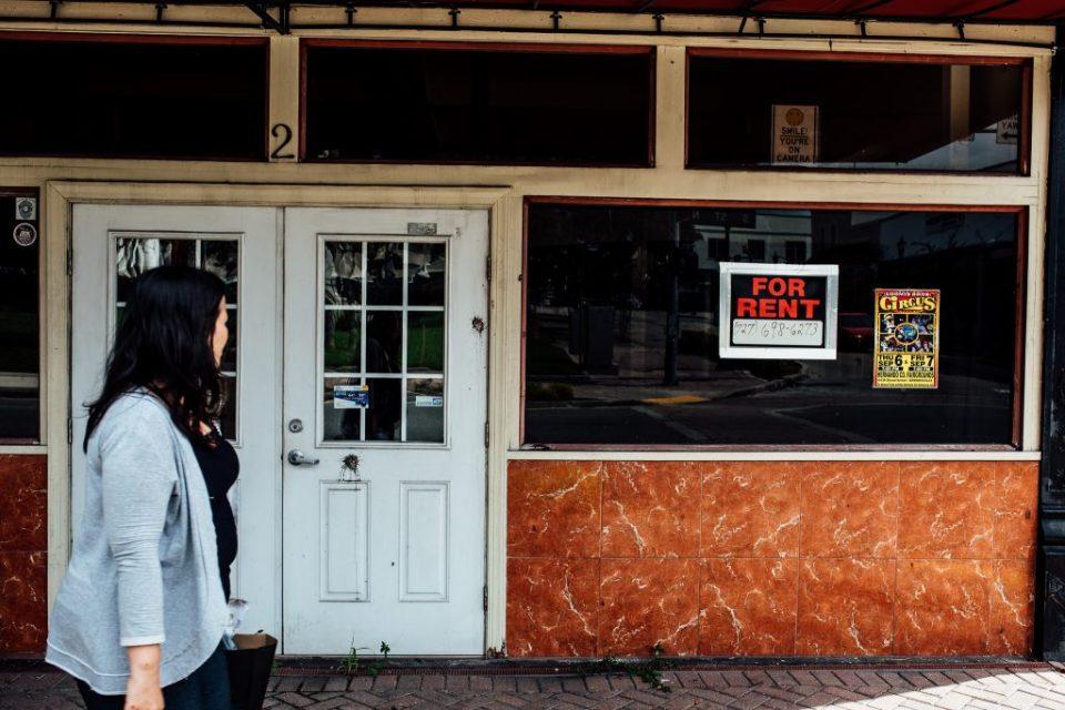 Empty Store Fronts Brooksville, FL