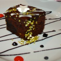 MOIST BROWNIES WITH CHOCOLATE