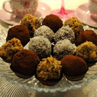 CHOCOLATE TRUFFLES WITH ORANGE ZEST