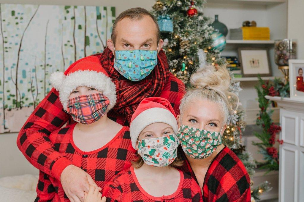 clippo-holiday-masks