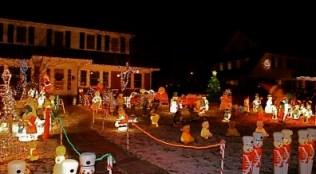 White-Plains-Christmas-Light-Display