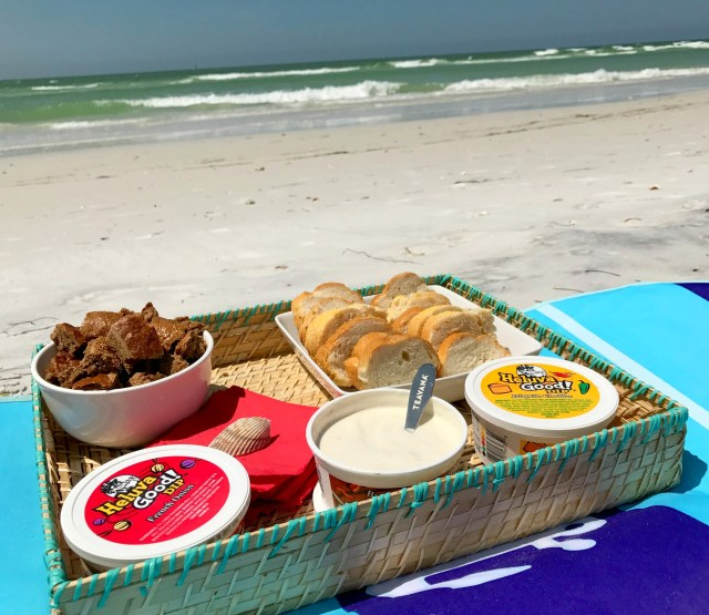 Labor-Day-Snack-Ideas-beach-bold