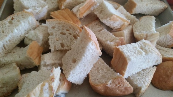 Chunks of Italian bread hardening while I mix up the Bread Salad.