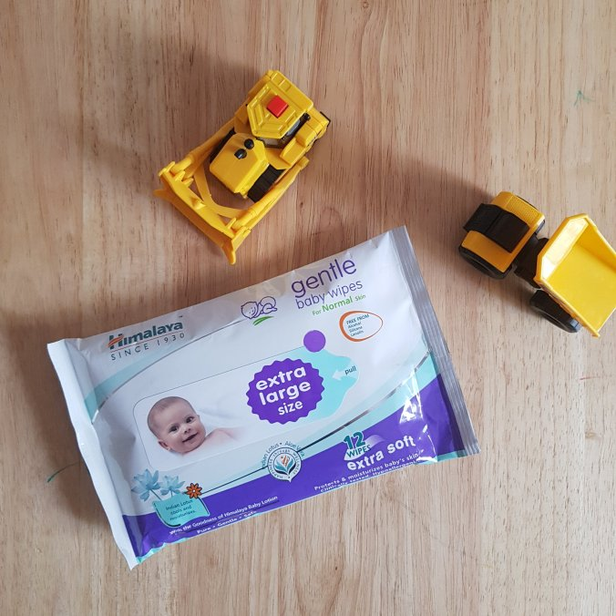 Himalaya Extra Large size baby wipes review #babywipes #himalayababycare #himalaya #babyproducts
