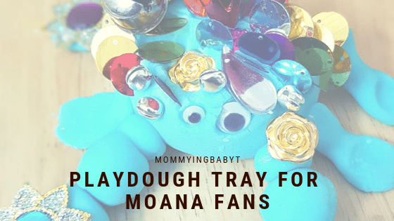 Moana activity, playdough tray, playdoh tray, playdough crab, playdoh crab, tamatoa playdough, Moana playdough, blue crab, shiny crab, Moana activities, Moana fans, play ideas for Moana, Moana play ideas, Moana theme party, Moana themed cakes, Moana play, Moana, Disney's Moana, Moana blog, Moana inspired, diy playdough, diy playdoh, diynatural, diy natural, make your own playdough, ecofriendly playdough, reusable playdough, playdough tray, playdoh tray