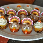 How To Bake Too Cute Thanksgiving Turkey Cupcakes