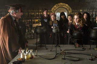 Harry Potter and the Half Blood Prince Trailer is finally here!