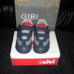GiBi Shoes: my son's new rubber shoes