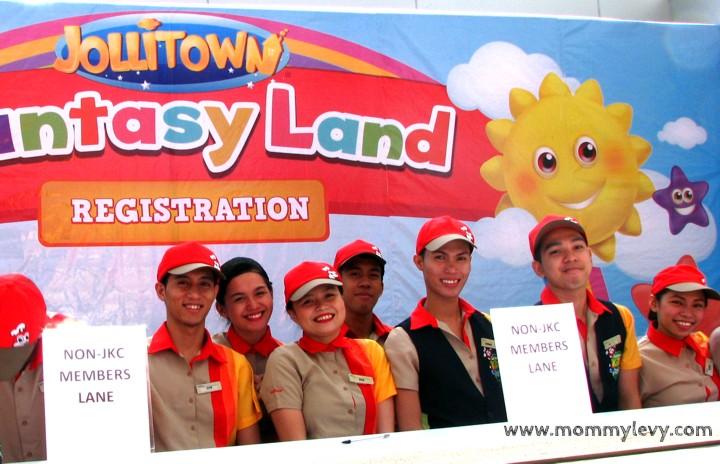 Jollibee's Jollitown Funtasy Land: Now Even Better!