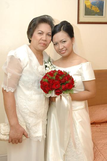 Wedding Mommy Levy