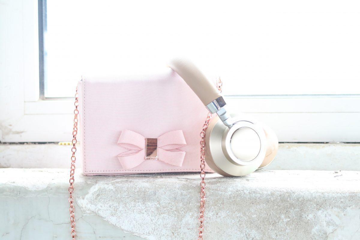 Heel even een momentje voor jezelf met deze draadloze headset! | Winactie