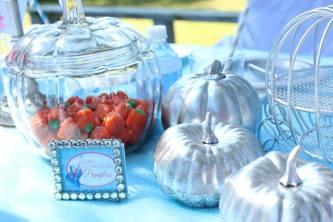 Cinderella Table Ideas