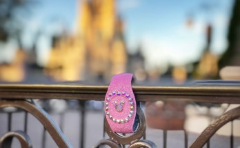 How to Make Sparkly Magic Band