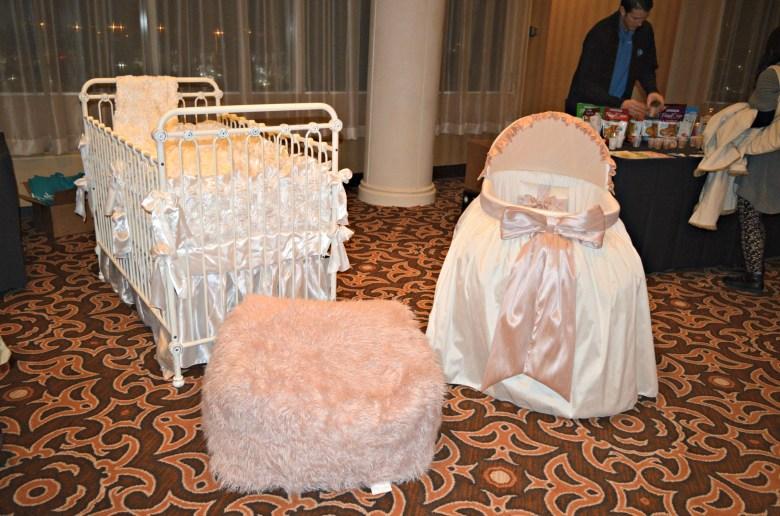 moab-motherof all baby showers- washington dc- blogger event washington dc- bloggers washington dc- dc bloggers- mommy bloggers- mom bloggers- ultimate baby shower- luxe baby shower- bratt decor-