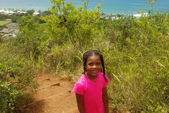pillbox hike- family friendly hikes on oahu- hiking in oahu- kid friendly hikes hawaii- kid friendly hikes oahu