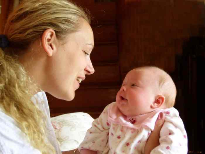10 tips for a single parent to take care of a newborn with ease