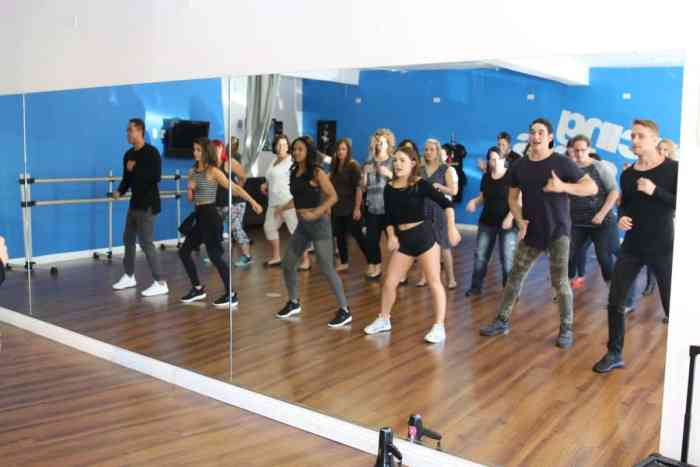 dwts troupe dancing lessons