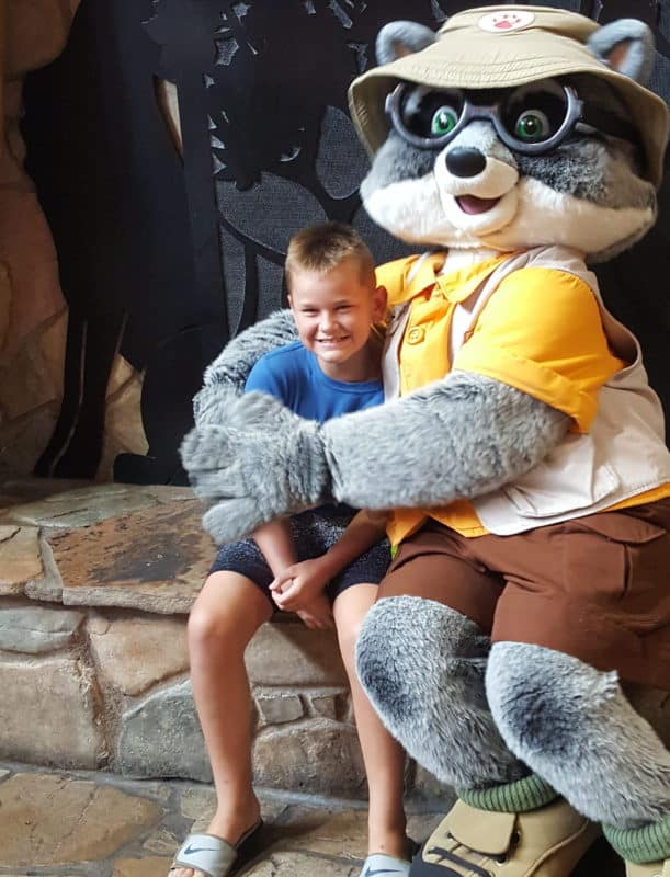 great wolf lodge williamsburg meet and greet with oliver
