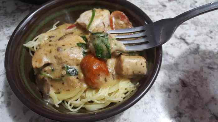 pressure cooker Tuscan Chicken