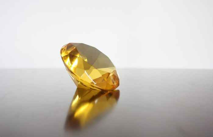 An Ode to Yellow Diamonds: Inspiring Beauty, Positivity and Happiness
