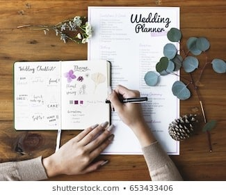 4 Ways to Make Wedding Planning Less Chaotic