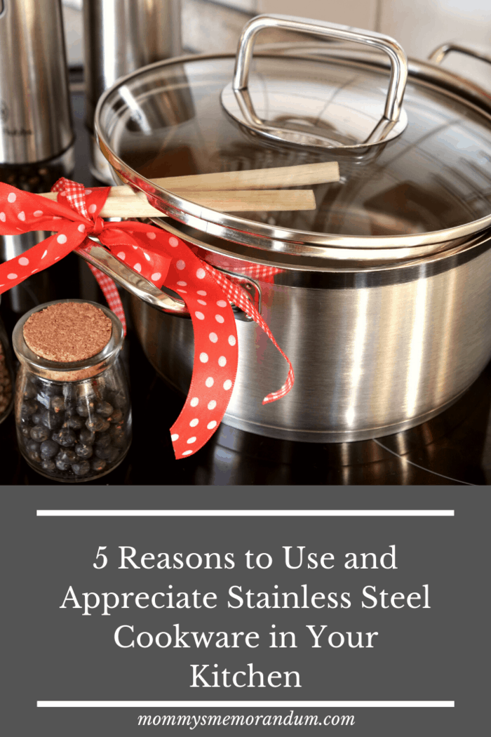 Like a polished mirror that will not fade in the next decade is a good store of stainless steel cookware.